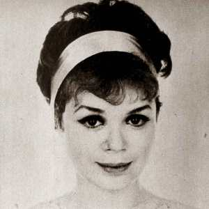 fresh-makeup-with-vintage-makeup-with-quick-early-1960s-eye-makeup-look-vintage-makeup-guide